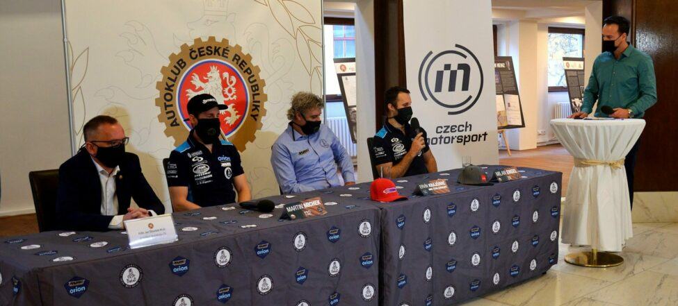 Engel s Michkem jedou na Dakar 2021