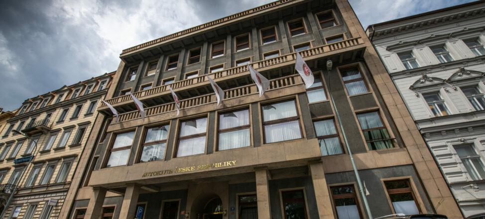 Poslanec Juříček chtěl Autoklubu sebrat 50 milionů
